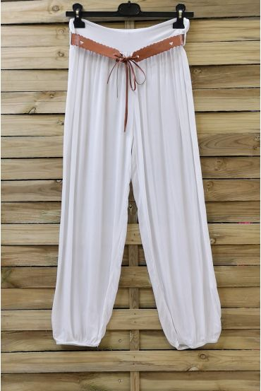 LOT 2 X PANTS + BELT 0690 WHITE