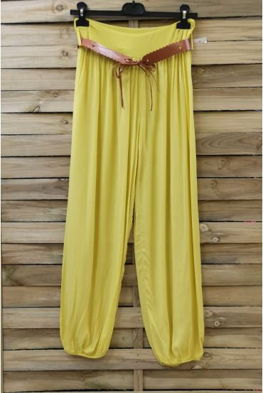LOT 2 X PANTS + BELT 0690 YELLOW