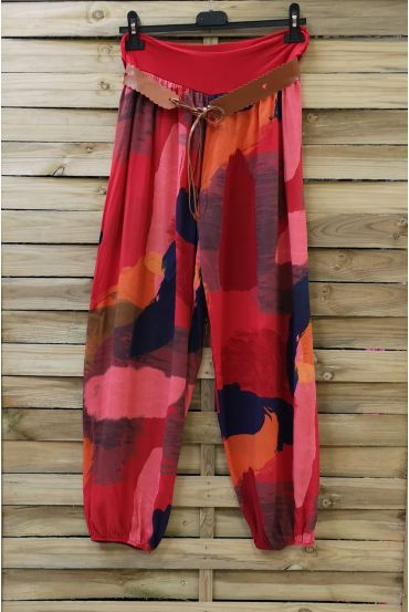 LOT 2 X PANTS PRINTED + BELT 0691 RED