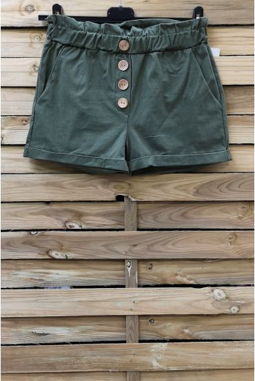 SHORTS HAVE BUTTONS 2 POCKETS 0858 MILITARY GREEN