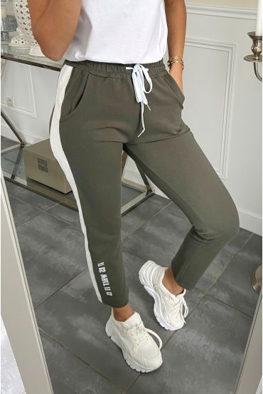PANTALON JOGG BANDE SIMILI CUIR IT OS WHAT IT IS 5282 VERT MILITAIRE