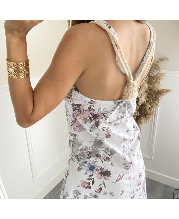 DRESS HAS FLOWERS TIED 2814I4